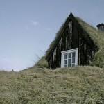 Slika-4.-Islandska-travnata-kuća-672x372
