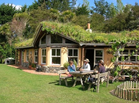 permaculture-house-500x372